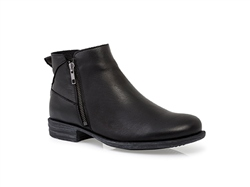 Carl Scarpa Irma Black Ankle Boots
