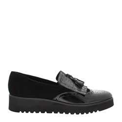 Carl Scarpa Black Flatform Slip-On Fringe Tassel Loafers - Ornella