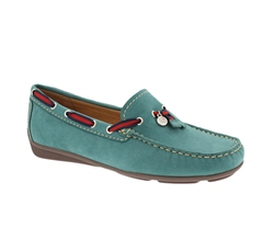 Carl Scarpa Green Slip-On Tassel Loafers - Faris