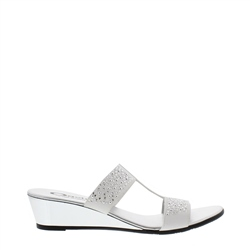 Carl Scarpa White Wedge Slip-On Diamonte Sandals - Cham