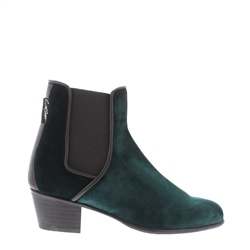 Carl Scarpa Green Low Heel Chelsea Ankle Boots - Claudia