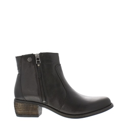 Carl Scarpa Lauren Black Low Heel Ankle Boots