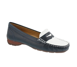 Carl Scarpa Navy/White Slip-On Loafers - Florete
