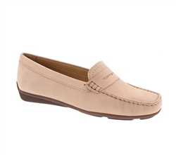 Carl Scarpa Bettina Blush Loafers