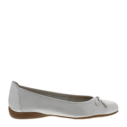 Carl Scarpa Hosanna Silver Leather Flats