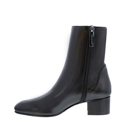 Minetta Black Leather Ankle Boots