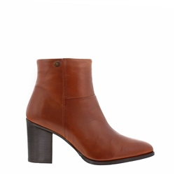 Carl Scarpa Almeda Tan Leather Ankle Boots