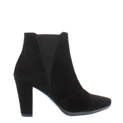 Carl Scarpa Hanna Black Suede High Heel Ankle Boots