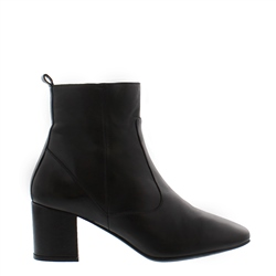 Carl Scarpa Isadora Black Leather Ankle Boots