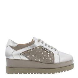 Carl Scarpa Chevelle Silver Platform Trainers