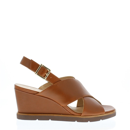 Fearne Tan Wedge Sandals