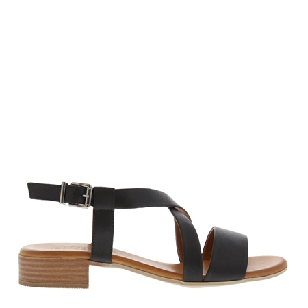 Oltretta Black Leather Sandals 1